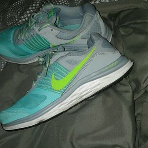 Nike dualfusion X blue green gray athletic shoes